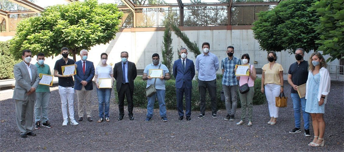 Eurocaja Rural, JCCM y Fundación CIEES entregan sus diplomas a los alumnos que han realizado prácticas de digitalización en el Archivo Regional de Castilla-La Mancha