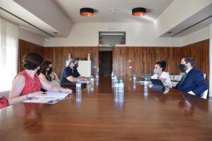 El Gobierno regional contará con el CERMI en la elaboración del Plan regional de Vivienda