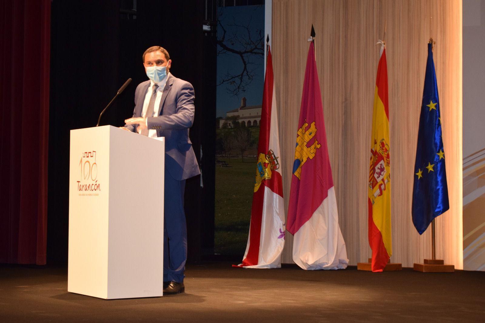Martínez Chana anuncia que este lunes comenzarán los trabajos del carril peatonal de la ermita de Riánsares