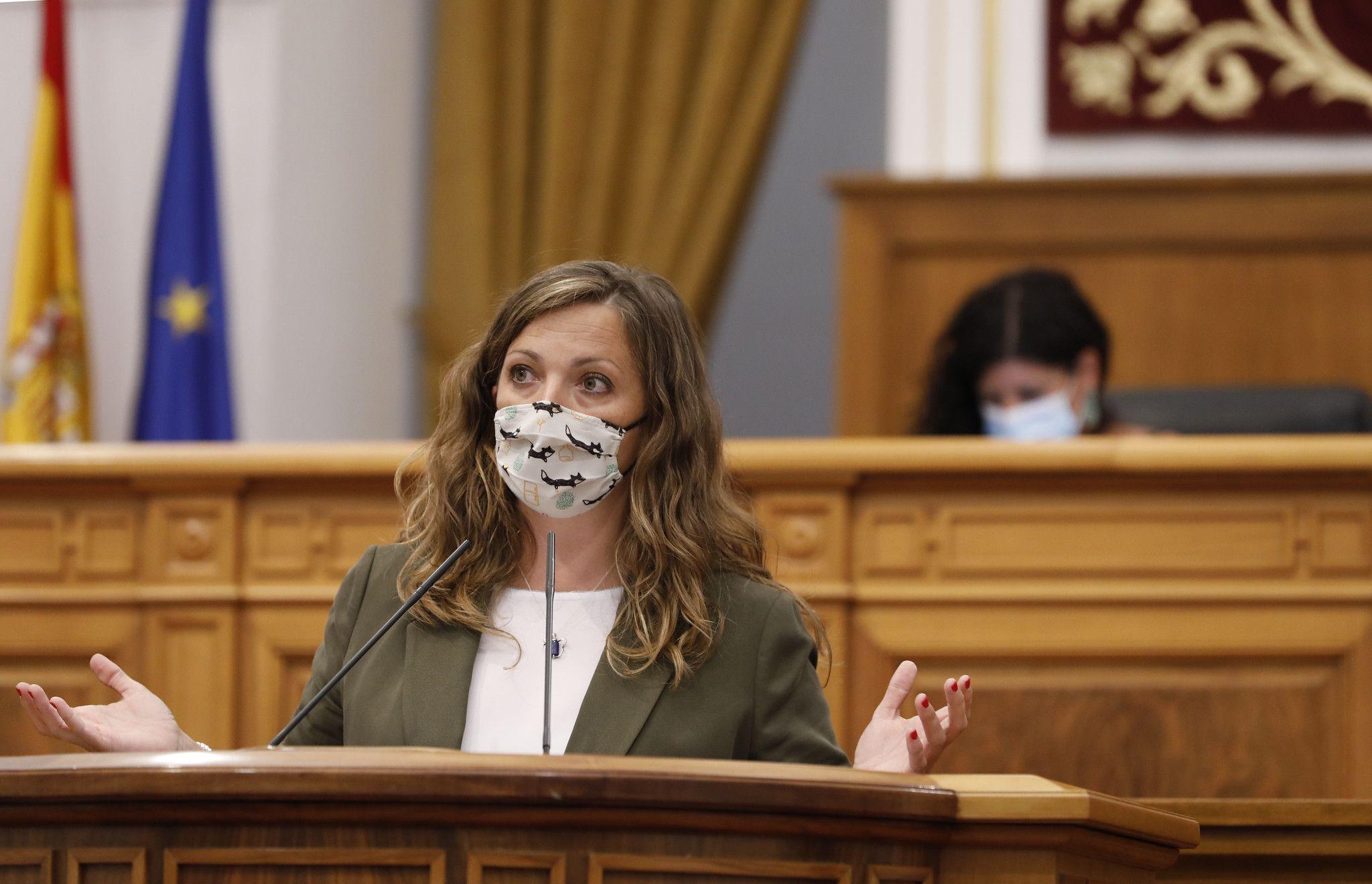 García Saco defiende el compromiso del Gobierno de Page contra la ocupación ilegal y denuncia la