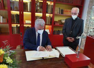 El convenio de rehabilitación de iglesias se dota este año con 400.000 € y llega a 18 templos de la provincia