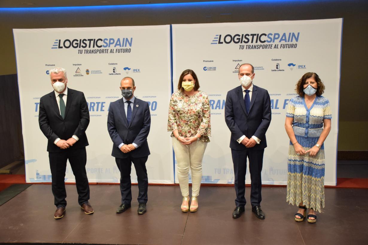 El Gobierno de Castilla-La Mancha destaca que la cifra de negocio del sector de la logística ha crecido más de un 20 por ciento en la región desde 2015