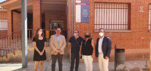El Gobierno regional estudiará la solicitud de poner en marcha un comedor escolar en el colegio de San Martín de Montalbán