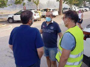 Moreno Moya visita el puesto de mando avanzado del incendio de Liétor