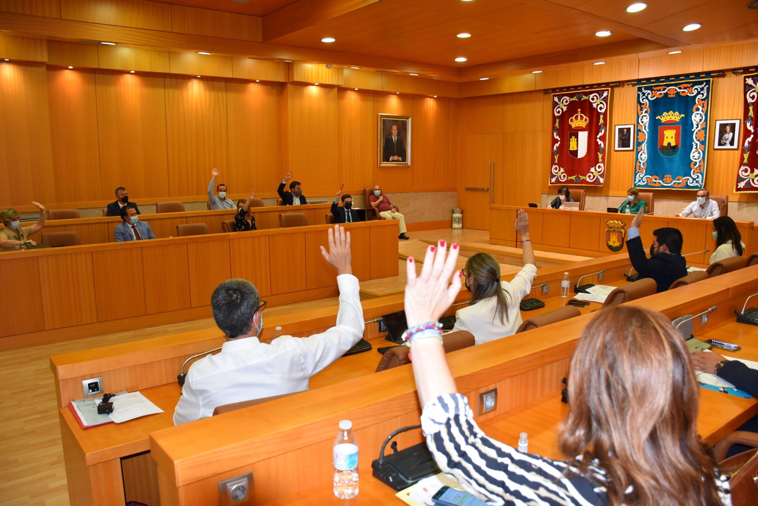 """La portavoz municipal denuncia el """"veto"""" de Vox y el silencio del PP para conseguir la unanimidad del Pleno para dar voz al colectivo LGTBI"""