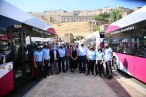 El Ayuntamiento invierte 3 millones en la renovación de 10 autobuses con el objetivo de incorporar la energía eléctrica en 2023