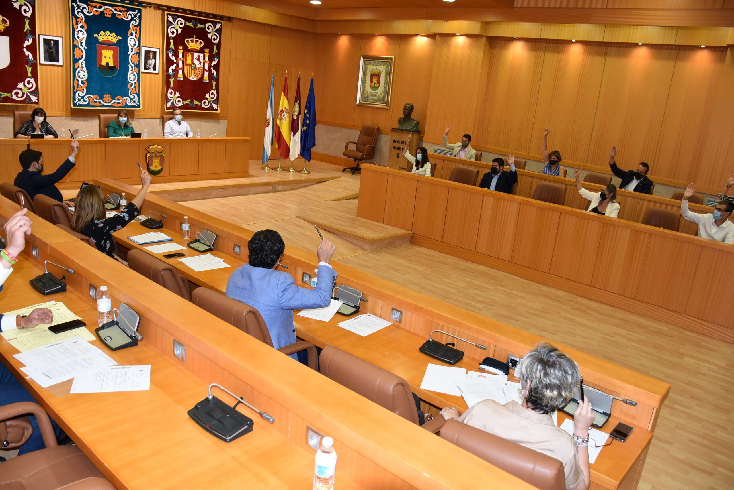 """El Gobierno de Talavera muestra su rotundo apoyo al sector cárnico y lamenta que el PP """"redujera a chatarra"""" el antiguo Mercado Nacional de Ganados"""