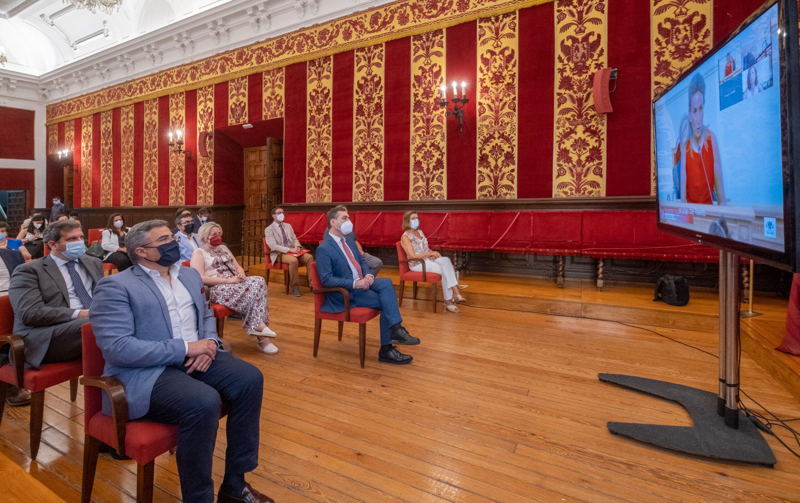 Tierraseca reitera a Tolón su compromiso de reforzar las relaciones de la Delegación con los ayuntamientos
