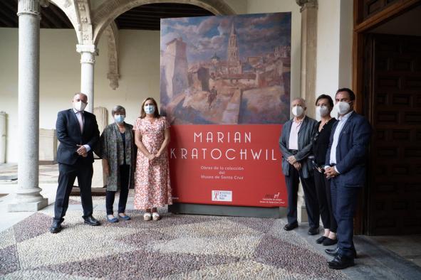 Un total de 80 obras del pintor polaco Marian Kratochwil se exponen ya y hasta el 3 de octubre en el Museo de Santa Cruz de Toledo