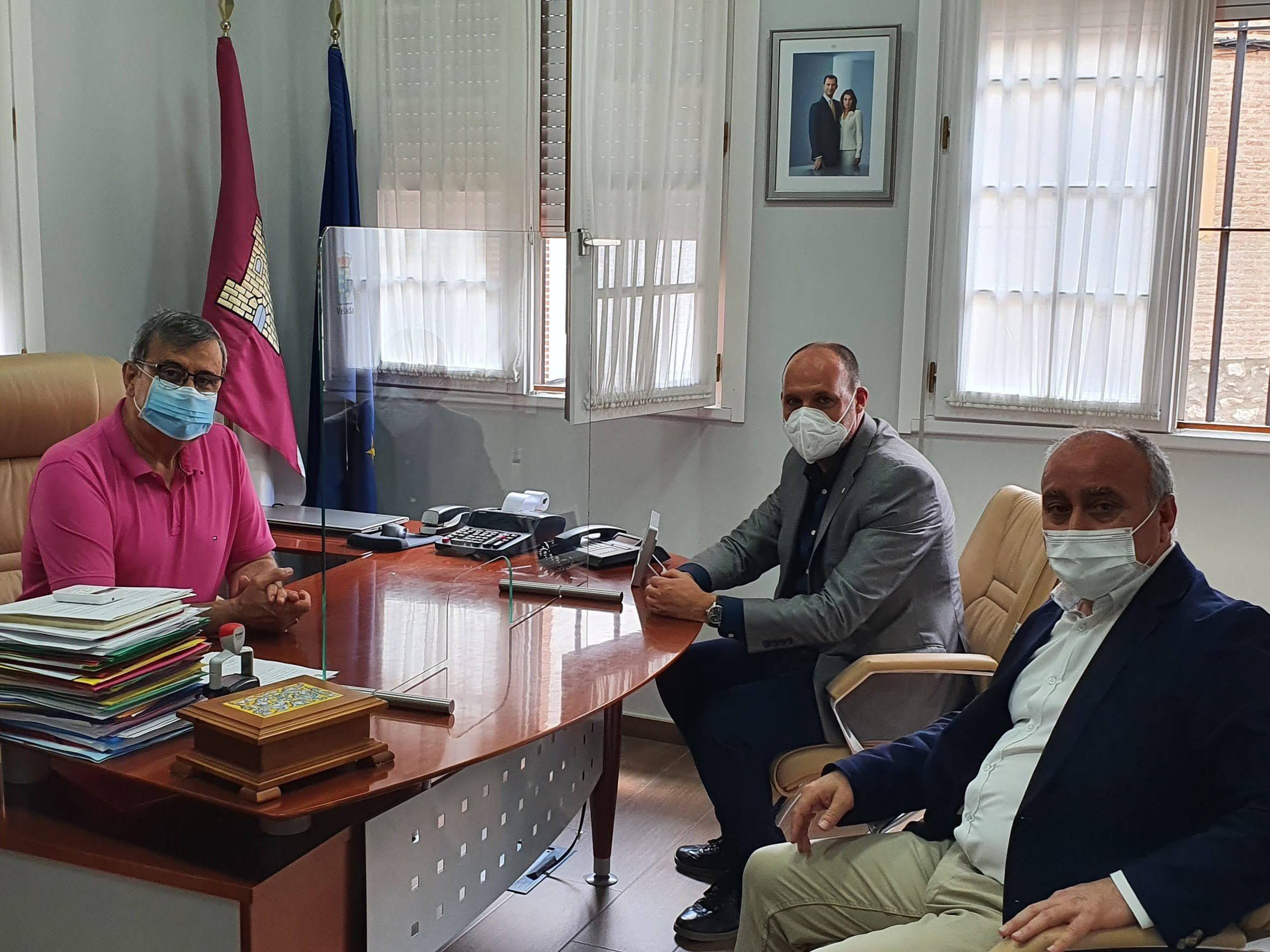 El Gobierno regional ha invertido casi 282.000 euros en políticas directas de empleo y de mantenimiento de la actividad económica en Velada