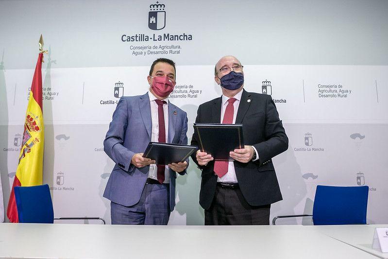 Castilla-La Mancha impulsará una campaña de fomento del consumo de vino de la región en restaurantes de las cinco capitales de provincia, Talavera y Puertollano
