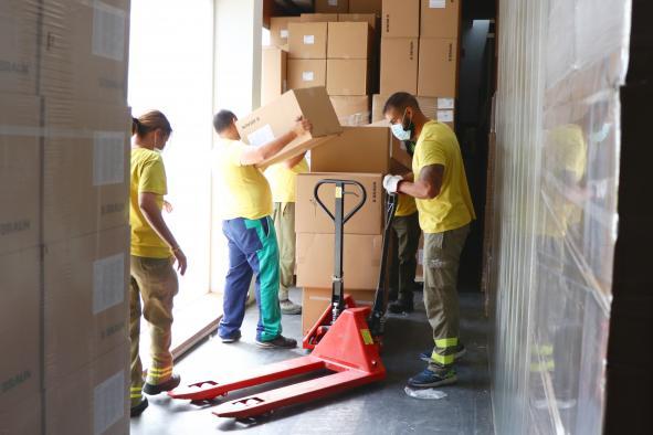 El Gobierno de Castilla-La Mancha ha repartido esta semana más de 203.000 artículos de protección en los centros sanitarios