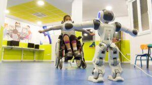 El Hospital Nacional de Parapléjicos experimenta con la robótica social aplicada a la neurorrehabilitación de niños con lesión medular