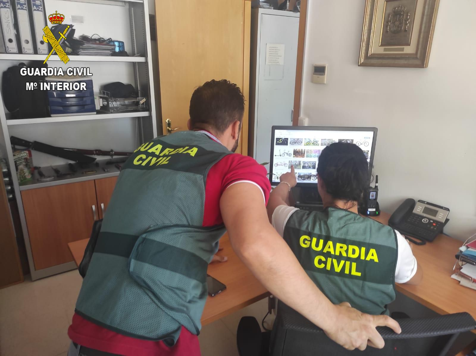 La Guardia Civil detiene a una persona por robo en Azuqueca de Henares