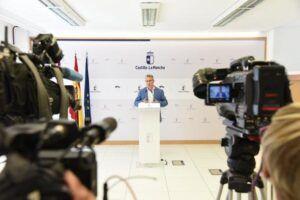La afiliación a la Seguridad Social en Castilla-La Mancha crece hasta el dato más elevado desde 2008 y el paro baja en 9.877 personas