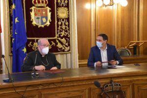 La Diputación de Cuenca y el Obispado renuevan el convenio dotado con 700.000 euros que llegará a 18 municipios
