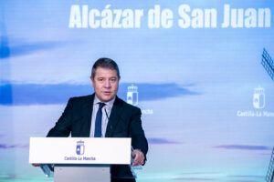 El Gobierno de Castilla-La Mancha habilitará unidades móviles de vacunación frente al Covid-19 que se instalarán en los campus de la UCLM y grandes superficies comerciales