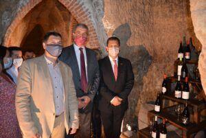 Álvaro Gutiérrez resalta las posibilidades de desarrollo local del Museo del Vino de Méntrida