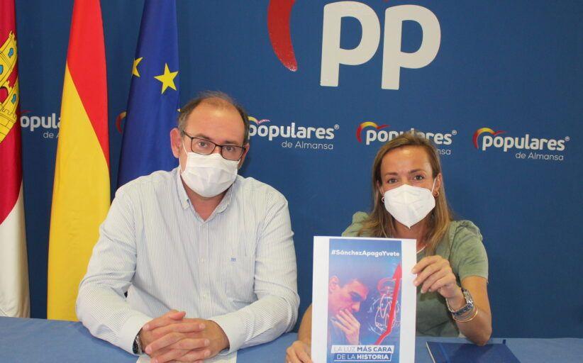 Navarro reivindica las propuestas del PP para bajar el recibo de la luz, frente a los parches confiscatorios del Gobierno de Sánchez