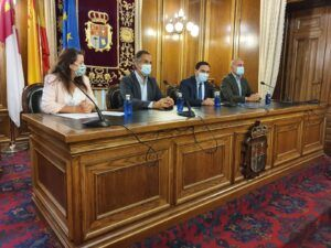 La Diputación llevará una estrategia turística conjunta para el Castillo de Belmonte, el Monasterio de Uclés y Segóbriga