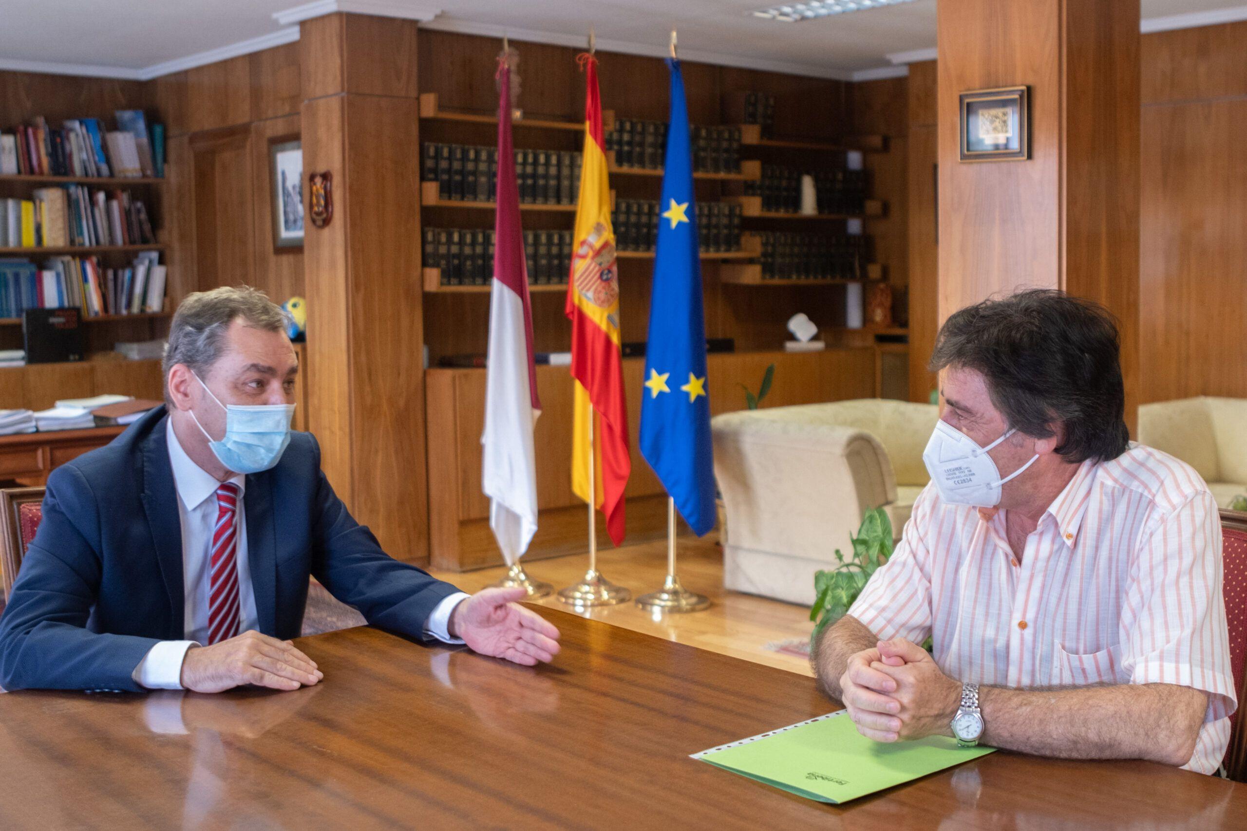 Tierraseca recibe al coordinador general de Protección y Ciberseguridad del Grupo Fertiberia