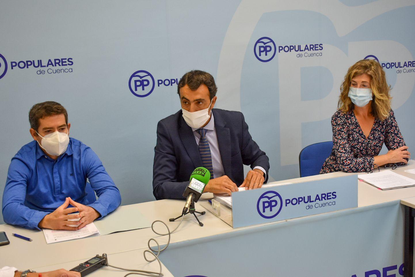 """Los """"caprichos"""" de Dolz harán perder al Ayuntamiento más de 300.000 euros de subvención del alumbrado y dejará de ahorrar 47.000 euros anuales"""