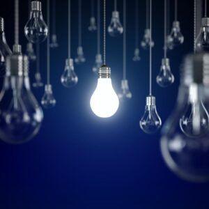 El precio de la luz alcanzará este martes su segundo techo histórico con 153,43 euros