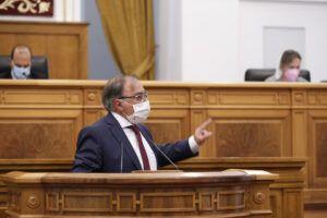 """Mora critica la """"demagogia"""" de Núñez y recuerda que el PP subió los impuestos en CLM"""