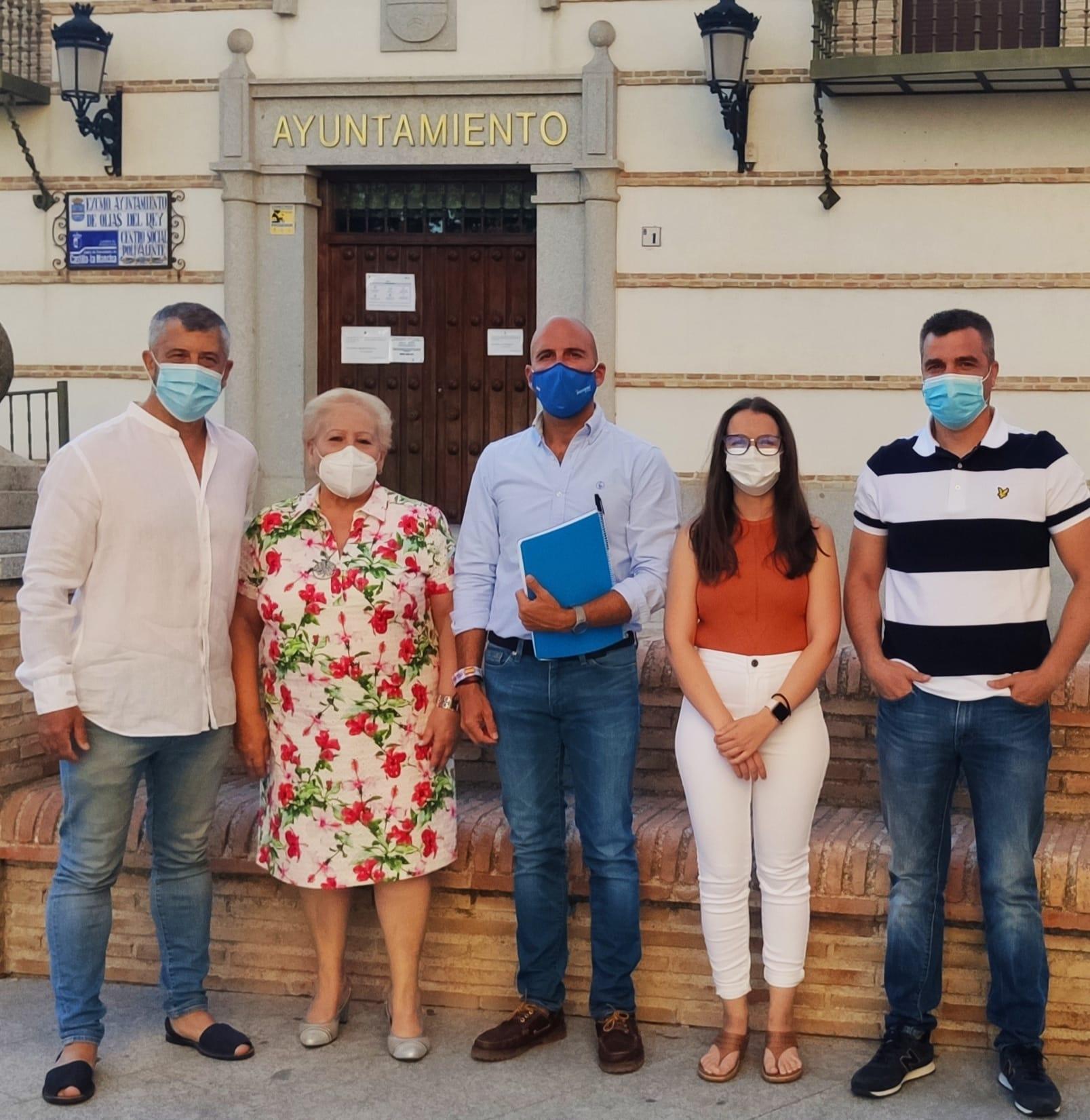 El Defensor del Pueblo admite a trámite la denuncia del PP de Olías por la negativa del PSOE a entregar los expedientes de los festejos de 2019