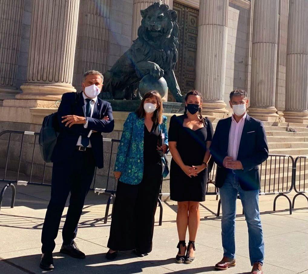 Los parlamentarios del PSOE por Albacete participan en una reunión interparlamentaria con el presidente del Gobierno para fijar las líneas de actuación de este nuevo 'curso político'