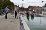"""El Gobierno de Tita García Élez ejecuta una obra integral en el pavimento de la piscina climatizada del JAJE para """"dar solución y garantizar seguridad"""" a los usuarios"""