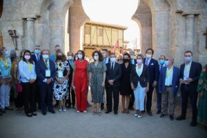 La alcaldesa felicita a Puy du Fou por su apuesta por Toledo y contribuir a la reactivación económica y turística de la capital
