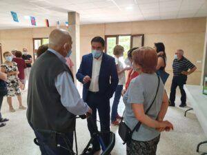 La Diputación de Cuenca presenta a los vecinos de Villar de Cantos el proyecto de desarrollo de redes de abastecimiento de agua